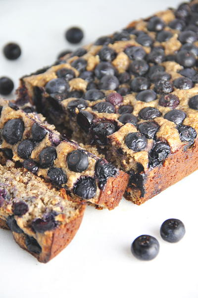 Low-Cal Blueberry Bread