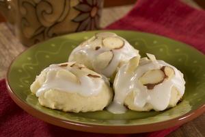 12 17 13 Ricotta Almond Cookies Wmv