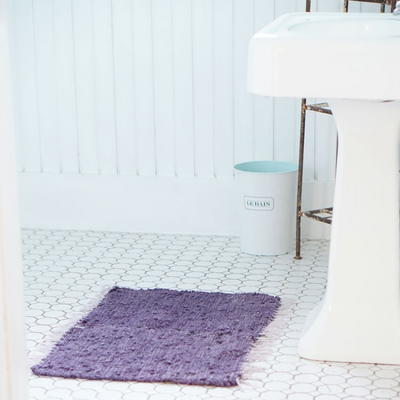 Quick Bath Mat Upcycle