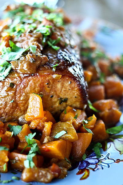 Peach Salsa Pork Roast with Sweet Potatoes