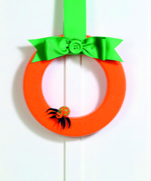 Felt-Wrapped Pumpkin Wreath