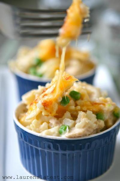 Easy Cheesy Tuna Casserole Recipe
