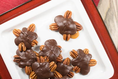 Chewy Chocolate Turtles