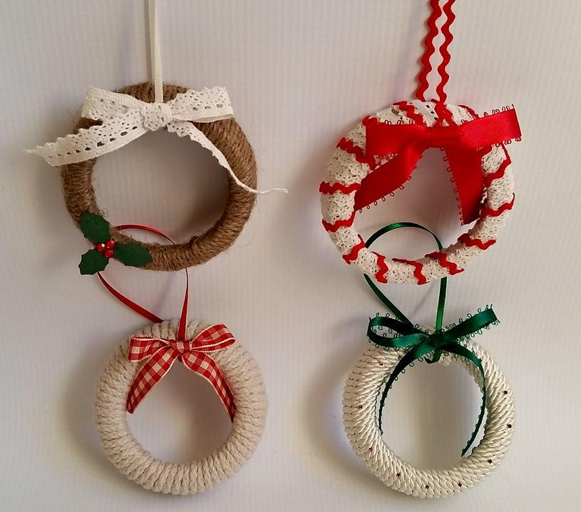 Mason jar lid wreath ornaments for Christmas decoration stuff