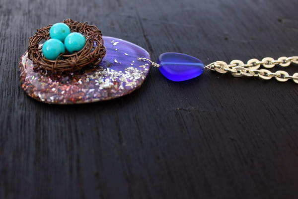 How to Make a Bird Nest Necklace