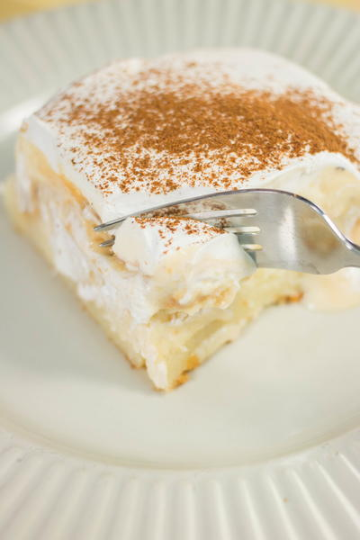 Eggnog Pudding Poke Cake
