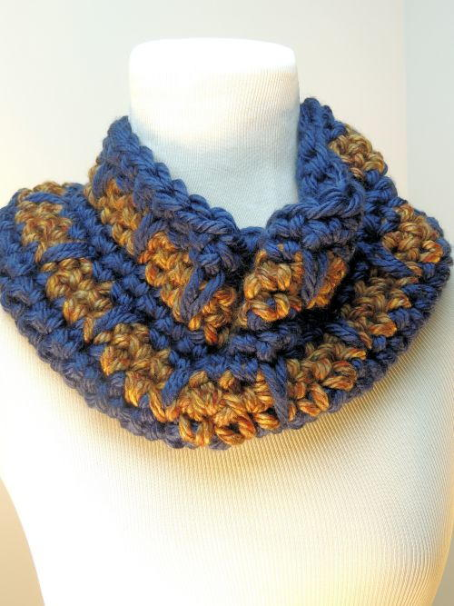 One Hour Spike Stitch Crochet Cowl