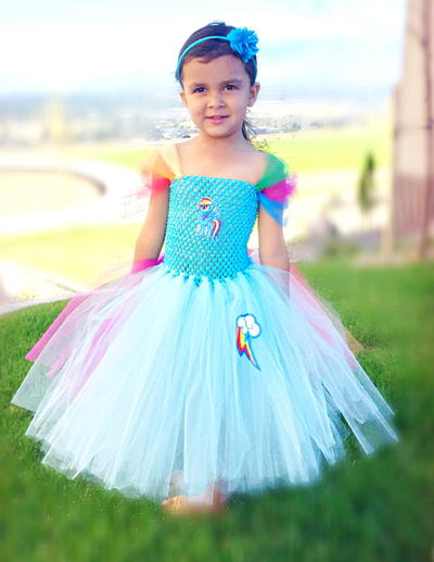 Rainbow Dash Inspired Costume Tutorial