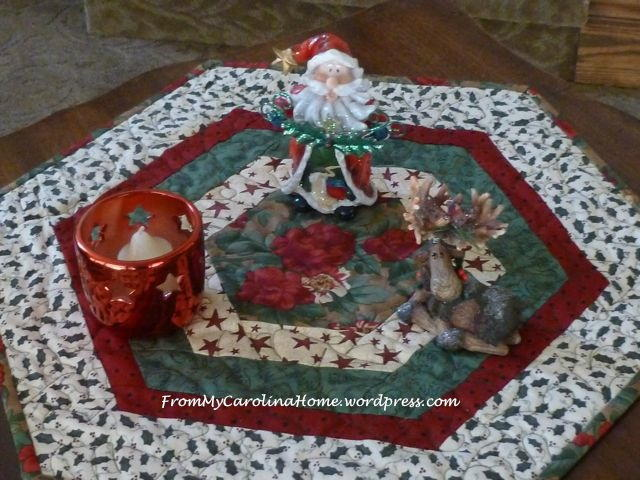 Yuletide Table Topper Pattern Allfreesewing Com