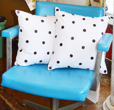 No-Sew Polka Dot DIY Pillow