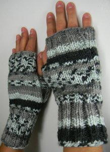 Two Needle Fingerless Mitts