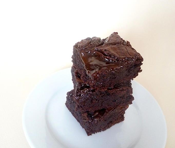 The Pioneer Woman's Salted Caramel Brownies | RecipeLion.com
