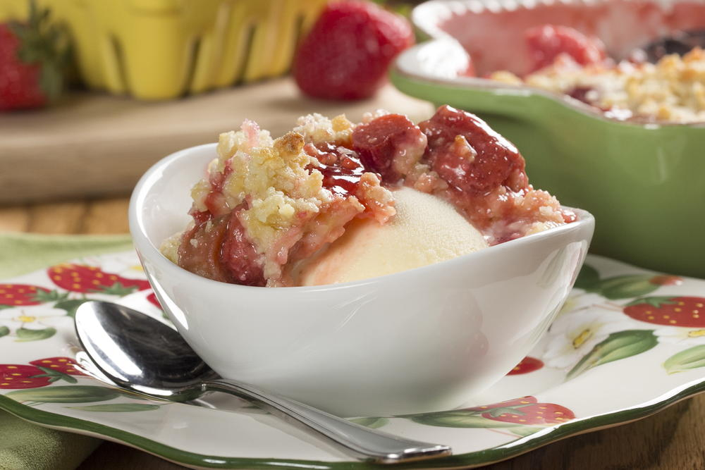 Strawberry Rhubarb Cobbler | MrFood.com