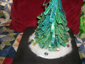 Toilet Paper Roll Tabletop Christmas Tree