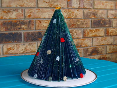 Retro Folded Paper Tabletop Christmas Tree