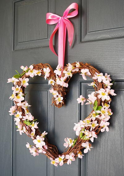 Pretty in Pink Valentine Wreath