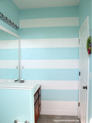 How to Paint a Striped Accent Wall | DIYIdeaCenter.com