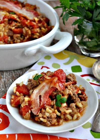 Aunt Beas Bacon-Topped Beef and Rice Casserole