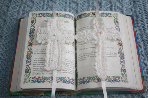 Knit Cross Bookmarks