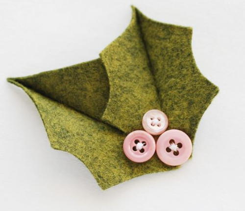 Holly Berry Button Pins