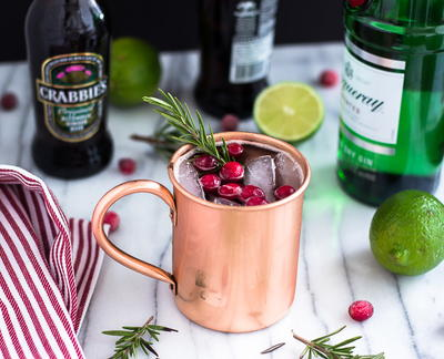 Holly Jolly Cranberry Moscow Mules