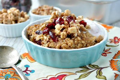 Crumbly Cranberry Baked Oatmeal