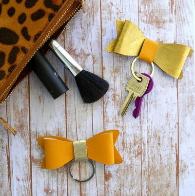Faux leather bow keychains