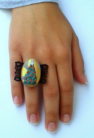 Painted Rock Christmas Ring