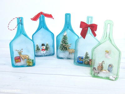 19 Recycled Christmas Decorations and Gifts