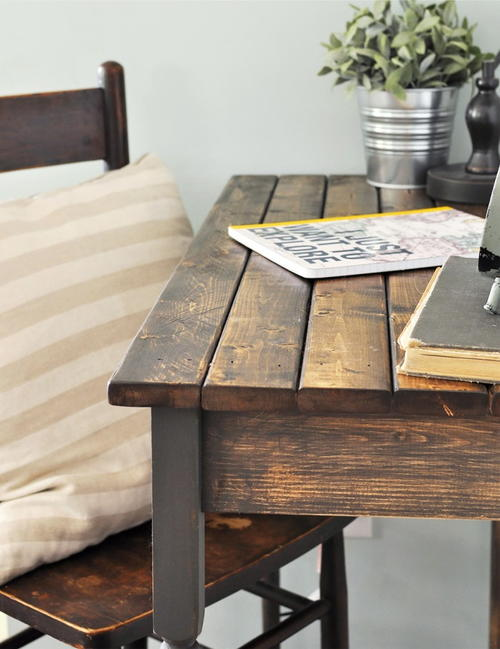 Tips for Staining a Farmhouse Table
