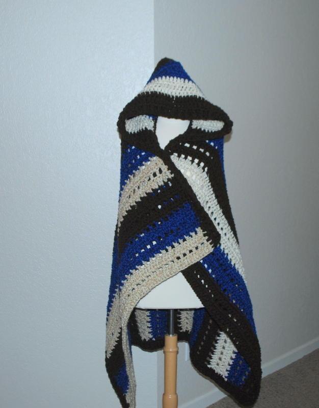 Hooded Blanket Wrap Allfreecrochet Com