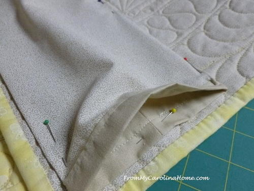 How to Add Quilt Sleeves