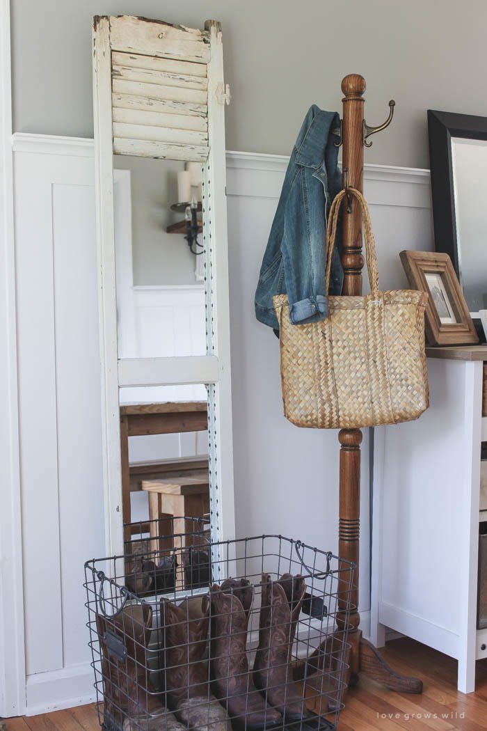 Diy Farmhouse Shutter Mirror Diyideacenter Com