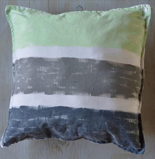 Delightful DIY Painted Pillows