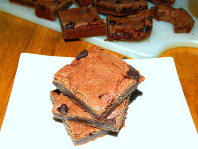 Oyee Gooey Caramel Brownies