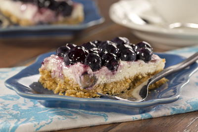EDR Blueberry Cheesecake Bars