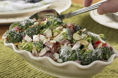 EDR Broccoli Pepper Salad
