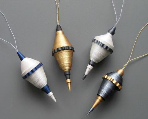 Beautiful Rolled Paper Christmas Ornaments