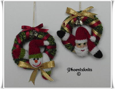 Santa and Snowman Mini Christmas Wreath