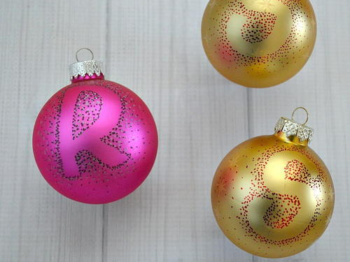 Easy DIY Dot Ornaments