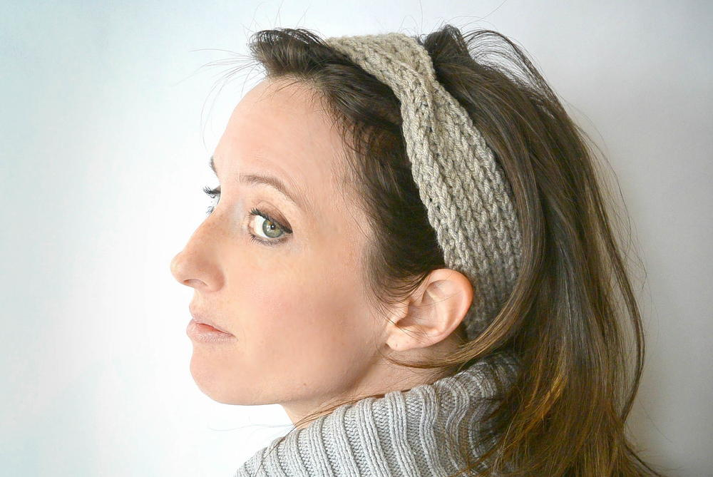 Knitting Pattern Ribbed Headband : Half Fisherman Ribbed Headband AllFreeKnitting.com