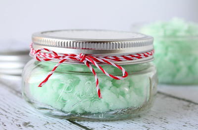 Marvelous Mint DIY Sugar Scrub