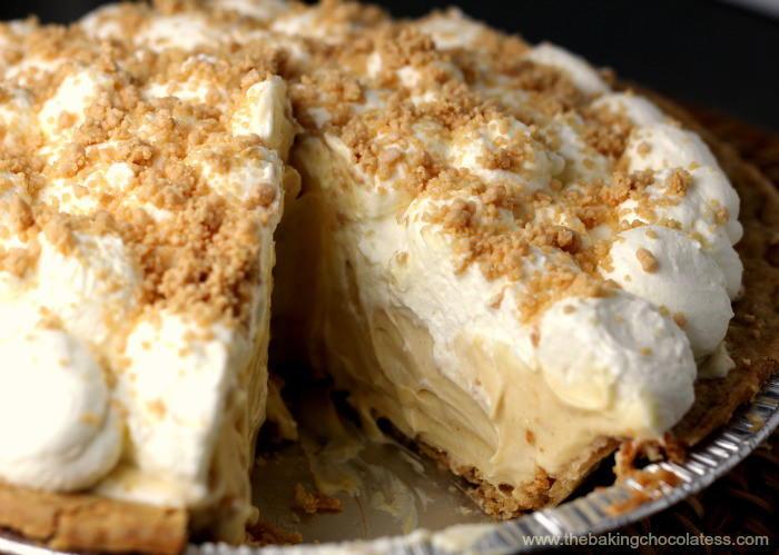 Amish Peanut Butter Cream Pie | RecipeLion.com