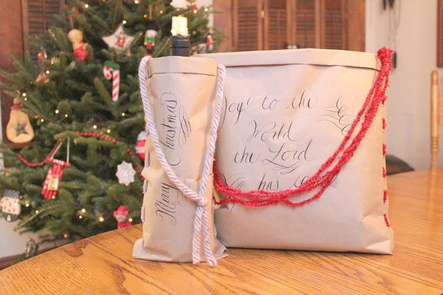 craft paper and yarn diy gift bag allfreechristmascraftscom
