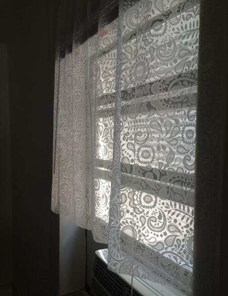 Lace No-Sew DIY Curtains