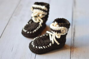 Moccasin Baby Booties