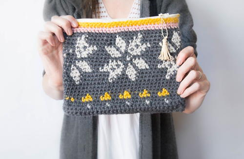 Sweater Like Crochet Make Up Bag