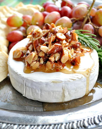 Moms Honey Almond Baked Brie