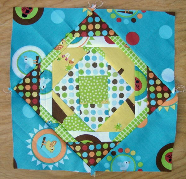 Nursery Pineapple Quilt Block