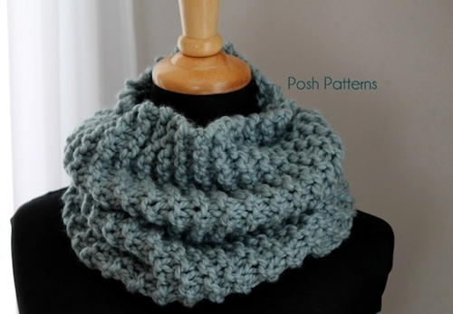 Fast and Easy Knit Cowl